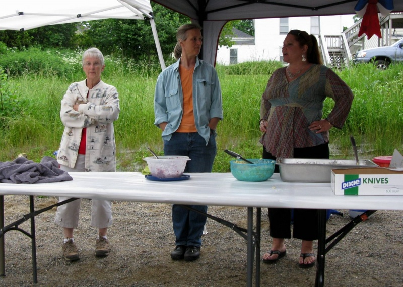 Gail, Elizabeth, & Kim served the food (with